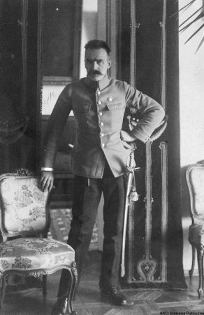 Józef Piłsudski becomes the Chief of the Polish State